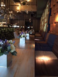 Flowers table arrangements