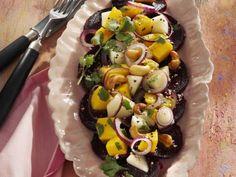 Carpaccio von Roter Bete mit exotischem Birnen-Salat