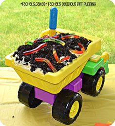 Dump Truck Dirt Cake : I wonder if I could put an oven bag in the truck bed to avoid cleaning out the mess. Digger Birthday Parties, Birthday Fun, Birthday Banners, Birthday Cakes, Birthday Invitations, Construction Birthday Parties, Construction Party, Dirt Cake, Second Birthday Ideas