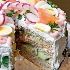 Sandwich cake for a crowd