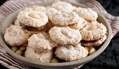 Amaretti Cookies by Stefano Faita. Great cookies and you can change the kind of flavour you want. If not almonds then you can use walnuts, hazelnuts or whatever your taste. Amaretti Cookie Recipe, Amaretti Biscuits, Amaretti Cookies, Cookie Desserts, Cookie Recipes, Dessert Recipes, Dessert Ideas, Sweet Cookies, Biscuit Cookies