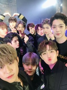 171224 Wanna One Premier Fancon Day 2 in Busan # Let's Stay Together, Guan Lin, Lai Guanlin, Produce 101 Season 2, Kim Jaehwan, Ha Sungwoon, My Destiny, Kpop, Team Pictures