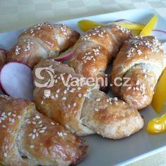 Fotografie receptu: Plněné slané rohlíčky Kos, Pretzel Bites, Doughnut, Bread, Baking, Desserts, Basket, Kitchens, Tailgate Desserts