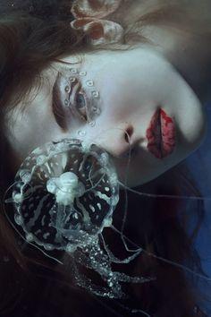 """Origin"" — Photographer: Marta Bevacqua Makeup: MeyloO @ Bagency Model: Juliet Searle"