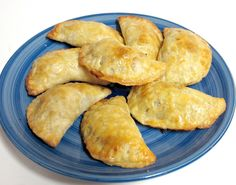 Mini Beef & Cheese Empanadas- Baked not fried! The crust is so flaky. Loved this recipe!