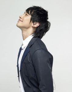 Bi / Rain / Jung Ji Hoon.