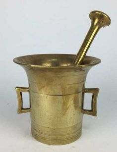 19TH C. BRASS MORTAR AND PESTLE