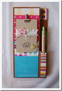 I like the clipboard and the sewing card on web site Cute Crafts, Diy And Crafts, Craft Gifts, Diy Gifts, Craft Tutorials, Craft Projects, Post It Note Holders, 3d Paper Crafts, Idee Diy