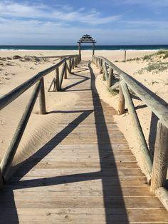 Arena, mar y levante. Costa de Zahara de los atunes. Cádiz.