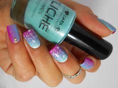 nail art gradient et stamping Pueen http://melynenailart.wordpress.com/2014/04/30/nail-art-gradient-et-stamping-pueen/