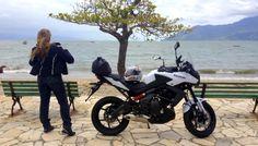 Teste Versys 650cc, postura perfeita para longas viagens – Por Eliana Malizia Versys 650, Eliana, Pith Perfect, Viajes