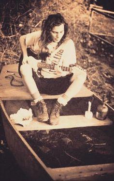 3 of my favorite things. Eddie, guitar and the water Pearl Jam Lyrics, Before I Forget, Pearl Jam Eddie Vedder, Nikki Sixx, Chris Cornell, Jim Morrison, Lady And Gentlemen, Most Beautiful Man, Good Looking Men