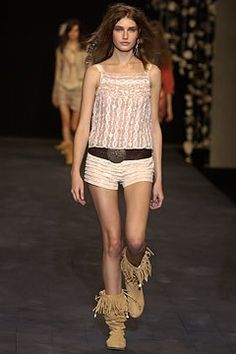 Anna Molinari Spring 2004 Ready-to-Wear Fashion Show Anna, Vogue, Models, Ready To Wear, Fashion Show, Runway, Beauty, Spring, How To Wear