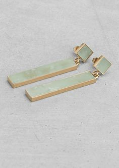 Lara Melchior pendant earrings - & other stories - gold Jewelry Shop, Jewelry Art, Fashion Jewelry, Women Jewelry, Jewelry Design, Jewlery, Jewelry Ideas, Pendant Earrings, Gemstone Earrings