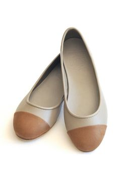 ANN. leather shoes. Leather ballet flats. sizes: US 4-13, EUR 35-43. Available in different leather colors.. $110.00, via Etsy.