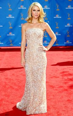 Claire Danes at the 2010 Emmy Awards in Armani Prive