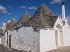 Learn about the trulli of Puglia and whether the town of Alberobello is too touristy or worth a visit. Verona Italy, Venice Italy, Italy Vacation, Italy Travel, Italy Trip, Places To Travel, Places To Go, Travel Destinations, Italy Summer