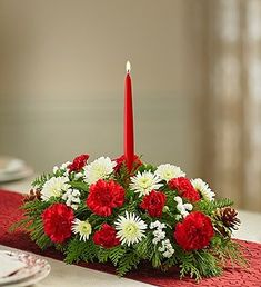 Traditional Christmas Centerpiece Small 1 Greenery