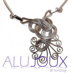 curlz necklace