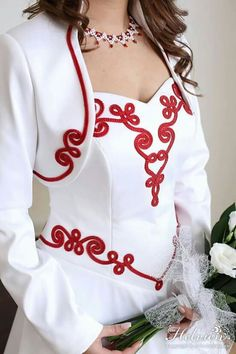 Hand Embroidery Dress, Bead Embroidery Patterns, Hand Embroidery Designs, Guru Nanak Photo, Soutache Pattern, Red Waistcoat, Fabric Manipulation Techniques, Spool Knitting, Moroccan Dress