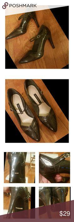 Dana Buchman Heels! Gorgeous Gray! Size 8 heels by Dana Buchman!  See pics for details and material info ...EXCELLENT Dana Buchman Shoes Heels