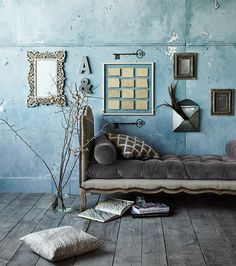 Off the Grid: Create 3D Gallery Walls. Now on the blog.