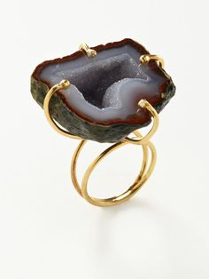 Ring | Alanna Bess. 14K yellow gold vermeil wire with asymmetric tabasco agate geode stone center