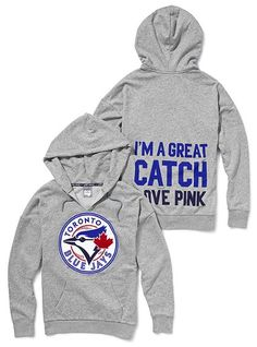 wow, just found this on victoria's secret pink fashion line. I need all teh blue jays stuff! Jersey Outfit, Fade Styles, Toronto Blue Jays, Go Blue, Hoodies, Sweatshirts, Graphic Sweatshirt, Graphic Tees, Victoria Secret Pink
