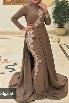 Hijab Prom Dress, Hijab Evening Dress, Muslim Dress, Evening Gowns, Hijab Outfit, Abaya Fashion, Muslim Fashion, Fashion Dresses, Mode Hijab