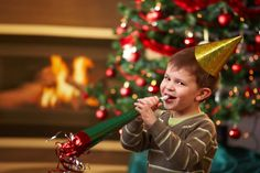 Homes & Lifestyles Images: Easy Christmas Party Games for Children