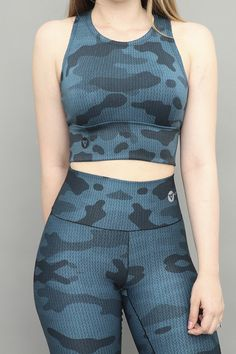 Womens Workout Outfits, Sport Outfits, Girl Outfits, Fashion Outfits, Classy Outfits For Women, Simple Outfits, Fitness Wear Women, Gym Clothes Women, Curvy Women Fashion
