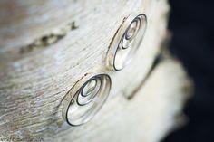 3-rings ingevijlde, zilveren oorbellen met stekers | 3 ringed connected, silver earrings with plugs Handmade Jewellery, Contemporary Jewellery, Artist At Work, Silver Rings, Wedding Rings, Engagement Rings, Inspiration, Jewelry, Enagement Rings