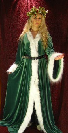 """A robe based on the one described in Charles Dickens' """"A Christmas Carol"""", worn by the Ghost of Christmas Present. Pattern used is Butterick . The Ghost of Christmas Present Christmas Present Quotes, Christmas Present Costume, A Christmas Carol Themes, Christmas Carol Ghosts, Dickens Christmas Carol, Ghost Of Christmas Present, Ghost Of Christmas Past, Christmas Presents, Diy Presents"""
