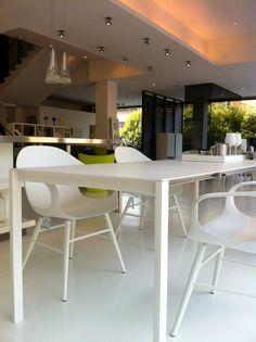 Elephant + Thin-k = Kristalia #designtable #designchair #kristalia