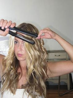 A Fashion Love Affair - Posts - Wavy Hair Tutorial with Hana FlatIron