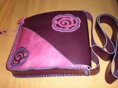 bolso de cuero hecho a mano
