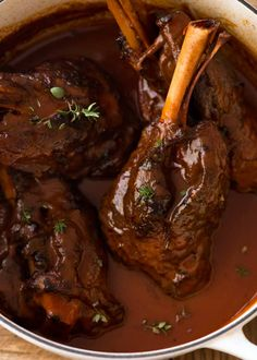 Slow Cooked Lamb Shanks with Red Wine Sauce - Slow Cooker - Ideas of Slow Cooker - These slow cooked lamb shanks are meltingly tender and are braised in a rich red wine sauce. Super easy to make in the slow cooker OR on the stove! Slow Cooking, Cooking Steak, Cooking Oil, Cooking Light, Pressure Cooking, Fine Cooking Recipes, Cooking Pasta, Cooking Chef, Easy Cooking