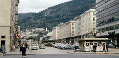 Fra Bergen Ca.1965 - Torgallmenningen. Fotograf : Ukjent.