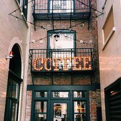 Leuke koffiebar interieur