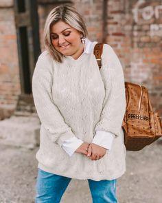 @elabonbonella plus size blogger | cozy plus size outfit | elabonbonella.com Plus Size Looks, Plus Size Kleidung, Plus Size Outfits, Plus Size Fashion, Fashion Beauty, Men Sweater, Cozy, My Style, Sweaters