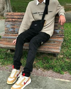 this is a photo that showcases a grunge streetwear style which is linked to  my influences 7ed0507737