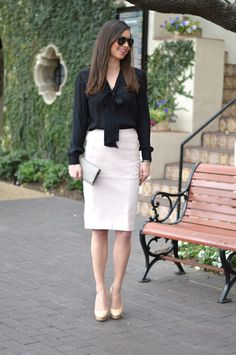 Be inspired by the people in the street! www.streetstylecity.blogspot.com blush leather skirt