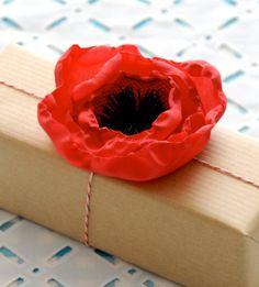 #DIY paper poppy.