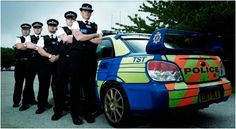 POLICE INSPECTORS - Follow the action-packed lives of the high-speed police interception unit. Led by specially trained officers and equipped with the fastest vehicles in the force, the team tackles the most difficult-to-catch criminals on a daily basis.