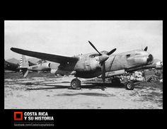 """En la fotografía, el P-38 Lightning S/N: 44-53015.  La aviación militar en Costa Rica inicia en 1947 como Fuerza Aérea Costarricense, cuando el gobierno compra dos P-38 Lightning, S/N: 44-26961 """"GCR-01"""" y 44-53015 uno tiene un accidente antes de la entrega y nunca llega. Un Douglas A-24B """"GCR-03"""" que tampoco llega a Costa Rica al tener un accidente antes de la entrega 1948. Y un Douglas B-18 Bolo, S/N: NC67852, """"GCR-05"""". 1948.  https://www.facebook.com/photo.php?fbid=631019160249671"""