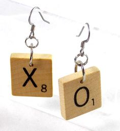 Hugs and Kisses Earrings | Visit my scrabble themed craft site: www.scrabble-tile-crafts.com