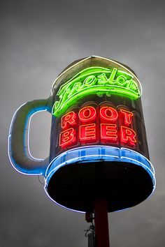 Frostop's spinning neon root beer mug is back in business! S. Claiborne Ave., Uptown, New Orleans, LA