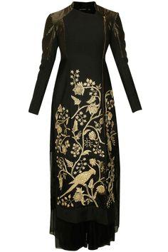 Red Lehenga, Anarkali, Pakistani Dresses, Indian Dresses, Indian Bridal Outfits, Everyday Dresses, Kurta Designs, India Fashion, Indian Designer Wear