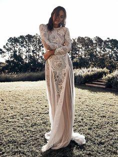 21 Boho Wedding Dresses to Blow Everyone Away | Kabuki Rune Long Sleeve Wedding Dress Boho, Western Wedding Dresses, Maxi Dress Wedding, Classic Wedding Dress, Bohemian Wedding Dresses, Boho Dress, Bridal Dresses, Wedding Gowns, Gypsy Wedding