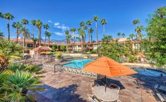 Explore the fall beauty of Palm Springs at Desert Oasis by Welk Resorts.
